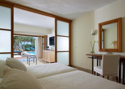 koukourakis-line_hotels01